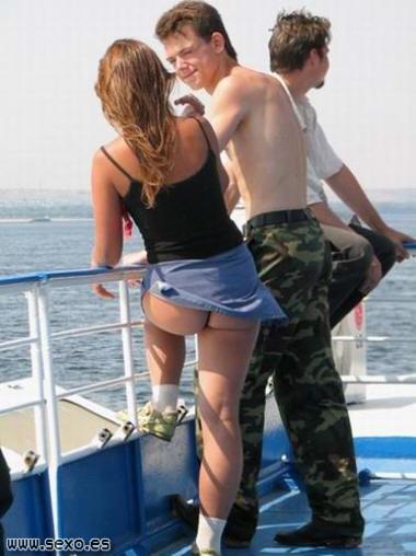 Minifaldas que deja ver el culo