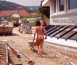 trabajando desnuda